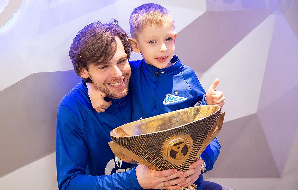 Владимир Шкляров: «Два дня назад мы смотрели матч за Суперкубок, а сегодня дотронулись до трофея»